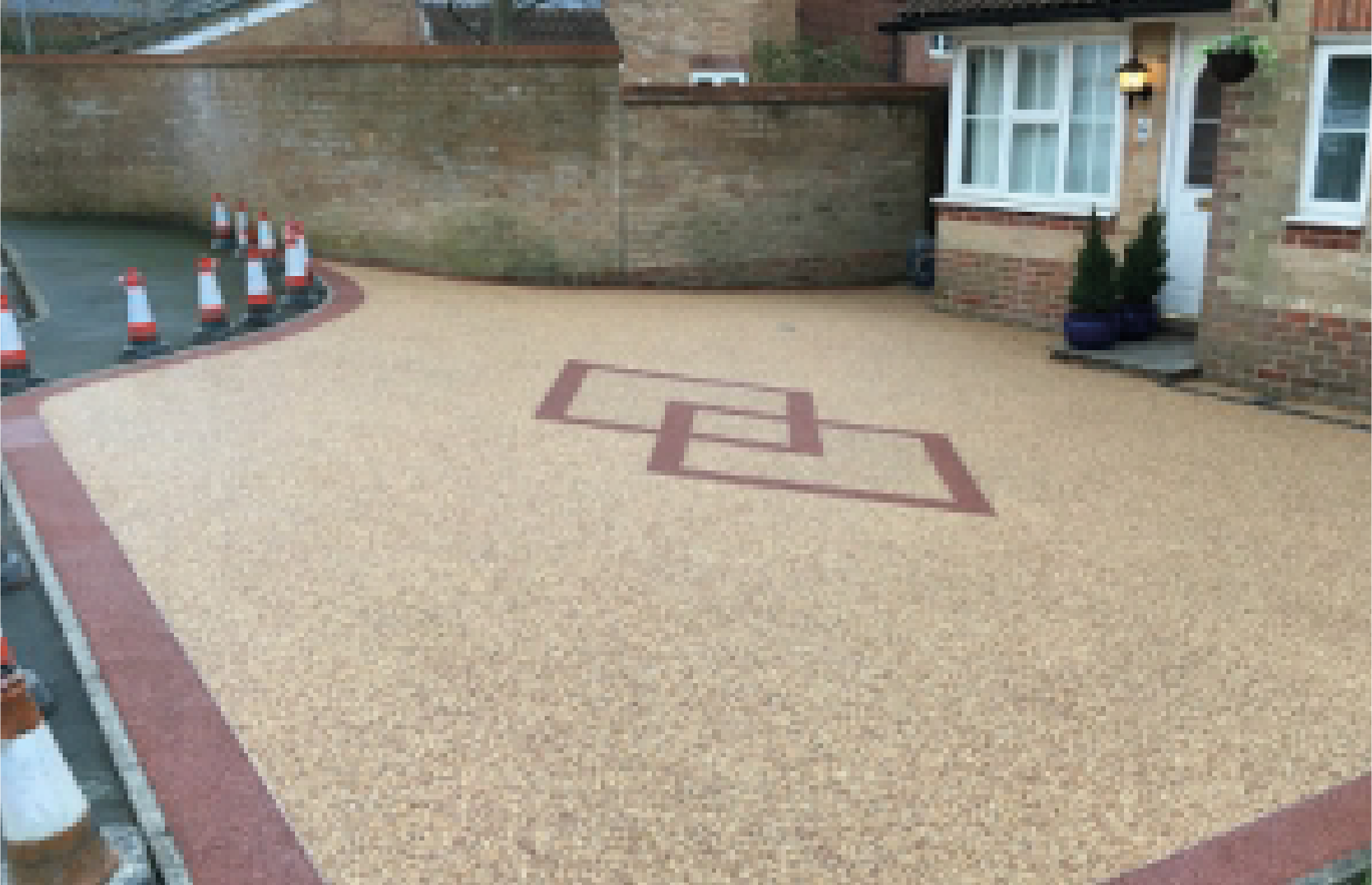 Easily maintained and hard-wearing, A Resin bound surface is your go to if this is what you are after. The combination of natural aggregates offers a practical, non-slip surface which can also be created to match a rock effect, without the need for loose stones.